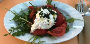 Offering way more than focaccia only – with a lovely garden in the back: Restaurant focacceria (22. May 2017)