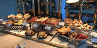 Definitely one of the better breakfast places: Restaurant Tops & Terrace @ Twelve at Hengshan (3. – 5. June 2017)