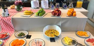 RBF decoration with average breakfast: Restaurant Mirador @ Sheraton Mendoza (21. October 2017)