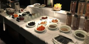 Decent regular hotel breakfast: Restaurant @ Hotel Heiden (24. November 2017)