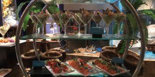 Great fresh seafood cooking station: Restaurant Baharat @ Le Méridien City Centre Bahrain (30. November 2017)