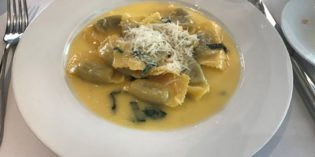 Lovely ravioli with a butter sage sauce: Restaurant MASI Wine Bar (12. April 2018)