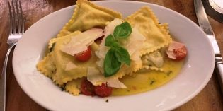 Delicious dishes but unfriendly service: Restaurant la focacceria (10. September 2019)