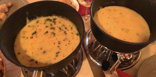 Great cheese fondue in a lovely atmosphere: Fondue-Chalet @ Weihnachtsdorf Bellevue (15. December 2019)