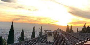 Amazing view onto the Alhambra during sunset: El Huerto de Juan Ranas (26. December 2019)