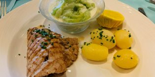 Great traditional Swiss dishes with jovial service: Restaurant Old Swiss House (7. June 2020)